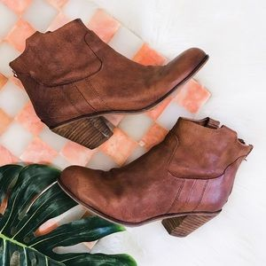 Sam Edelman • Lisle Brown Leather Ankle Boots